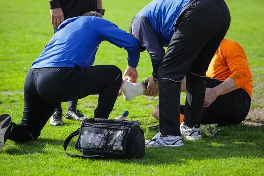 Mehr Sicherheit im Trainingsalltag / Neue Weiterbildung Sportmedizin für Manager und Trainer