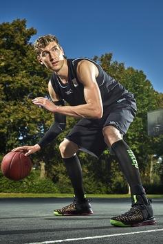 Neu: medi Ankle sport brace mit cleverem Physio-Programm – Für ein fittes Sprunggelenk: kräftigen, dehnen, Orthese tragen