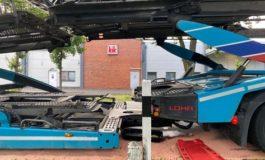 FFW Schiffdorf: Belgischer LKW-Fahrer verliert Hydrauliköl auf Kreisstraße