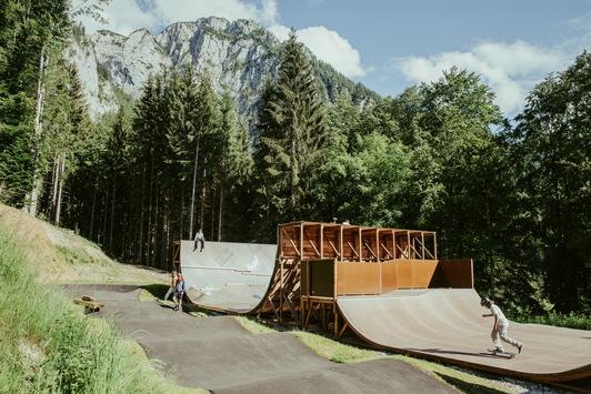 """Mit """"Sieger-Chance"""" und großem eigenem Engagement / """"Das ganze Jahr Board-Gefühl"""" für den Freestyle-Nachwuchs durch Skateanlage in Berchtesgaden"""