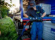 THW Bayern: Sicherstellung der Wasserversorgung in Einsassen -Spezialisten des THW Starnberg helfen bei der Trinkwassernotversorgung.