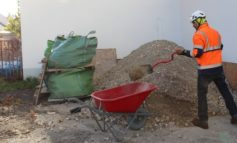 Arbeitsschutz beim privaten Hausbau ernst nehmen - Eigenbau: Helfer bei der BG BAU versichern