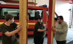 FW-WRN: Sachspende der Firma Hörmann ermöglicht der Freiwillige Feuerwehr Werne das Öffnen von Haus- und Wohnungstüren unter realitätsnahen Bedingungen zu trainieren