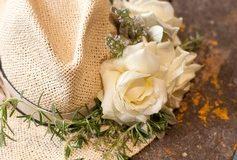 Lifestyle-Bloggerin verlost Fashion-Piece mit der Rose Avalanche+® / Gewinnspiel: Fashion and Flowers