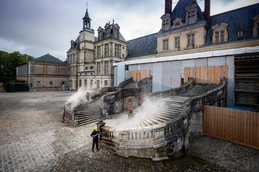 Kärcher reinigt UNESCO-Weltkulturerbestätte Schloss Fontainebleau bei Paris