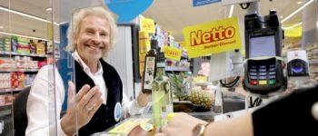 Sichere Wette: Thomas Gottschalk sitzt an der Netto-Kasse!