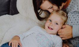"""""""Wir hatten enormes Glück"""" - eine Mutter spricht über die Meningokokken-Erkrankung ihrer Tochter"""